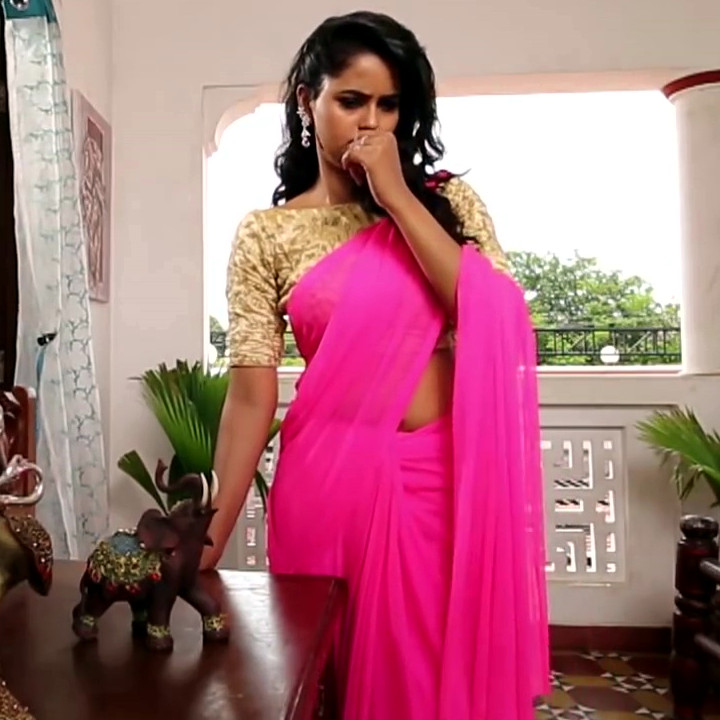 Chaitra reddy Tamil tv actress Yaarudi NMS1 3 hot saree photo