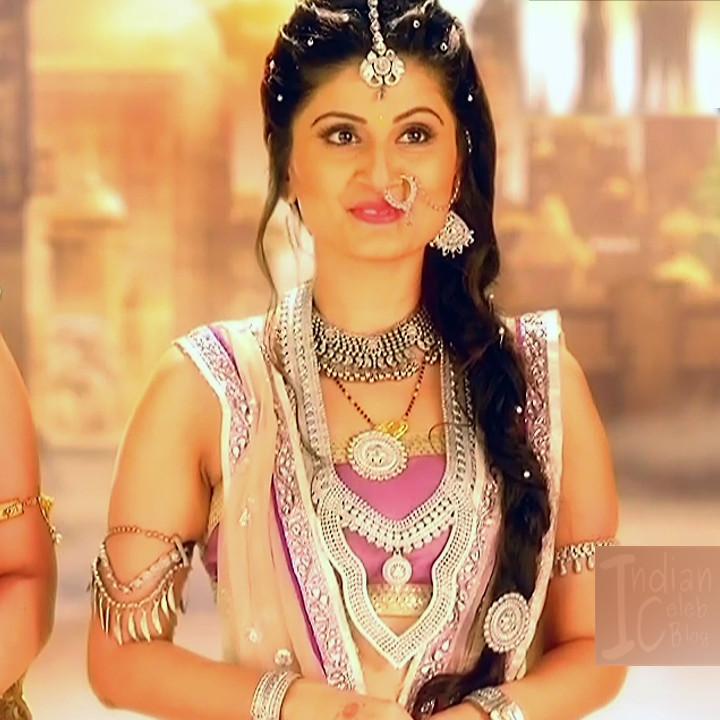 Hindi TV actress Myth SS2_16_photo